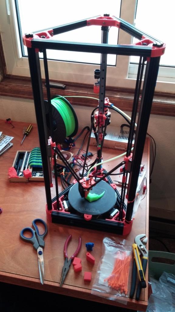 Mini Kossel printing a trilobite head
